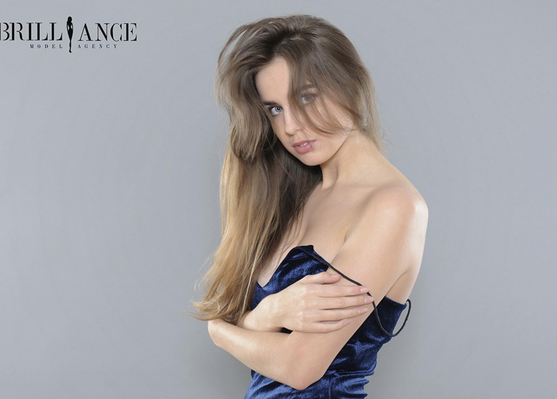 Jana 170 cm, 54 kg, 23 years | Brilliance Model Agency